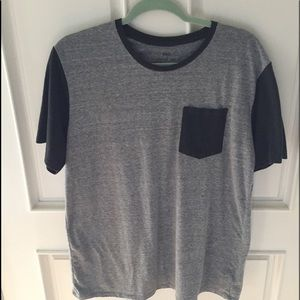 💥2/$10 BDG T Shirt from Urban Outfitters